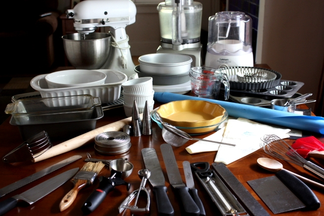 List Of Equipment Needed For Cake Decorating