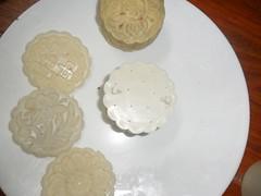 Bánh trung thu nướng 9