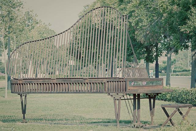 34/52 Homenaje al piano
