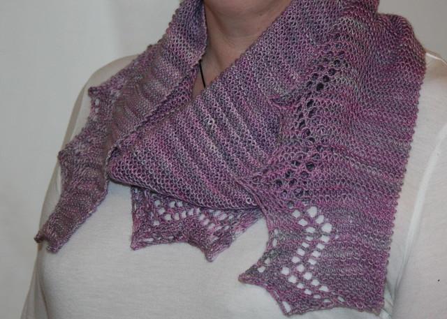 Faultline shawlette
