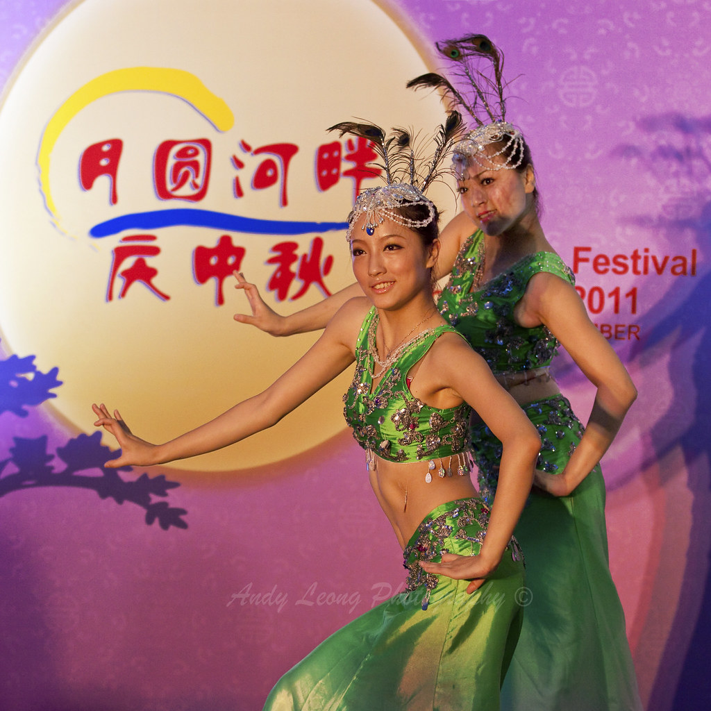f6a35b114 Dance (Pic_Joy) Tags: ladies festival asian dance costume singapore asia  traditional culture celebration. Peacock ...