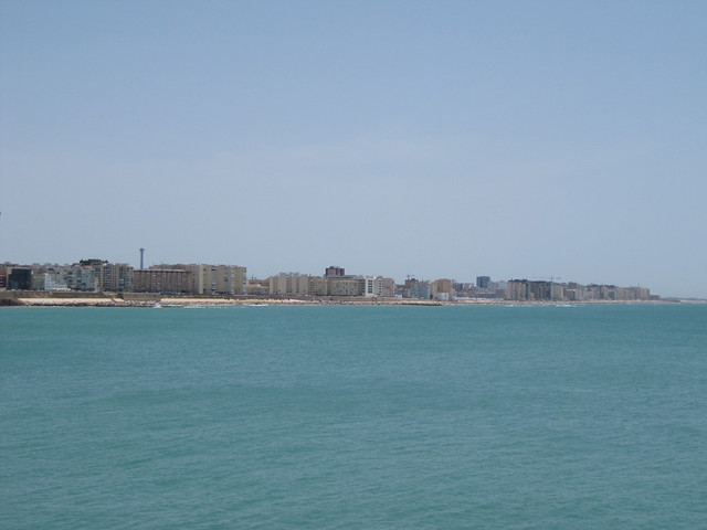 4 Cádiz Beach Shoreline