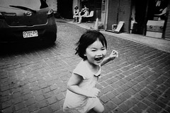 catch me (liver1223) Tags: china street city 2 people blackandwhite bw girl photo kid shot little taiwan snap taipei greater gr ricoh blackwhitephotos grdigital2