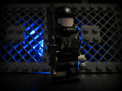 Futuristic Soldier (-Chriz-) Tags: soldier lego led future minifig brickarms