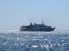Heading for Chrissi island. (Ia Lfquist) Tags: sea sky sunshine ferry boat view kreta himmel vy crete bt hav frja ierapetra solsken