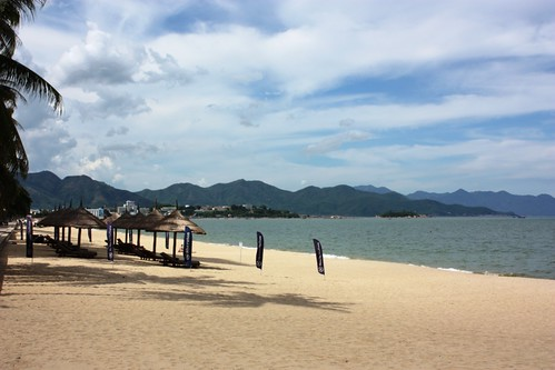 Deja Vu in Nha Trang - Life is a Beach!