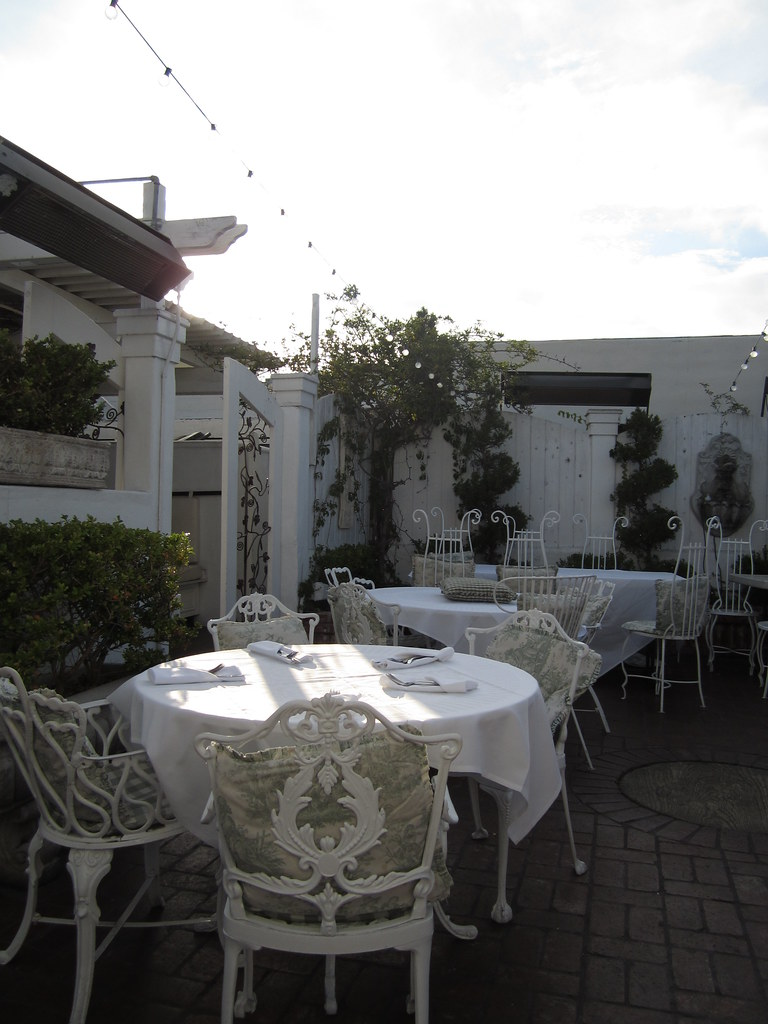 Outdoor Patio at Old Venice