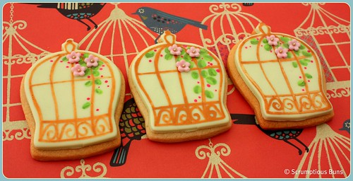 Birdcage Cookies by Scrumptious Buns (Samantha)