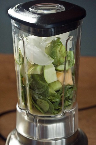 almond milk, spinach, apple, melon, avocado, ice