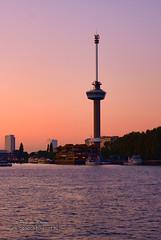 Parkhaven Rotterdam (Peet de Rouw) Tags: sunset twilight rotterdam maas euromast meuse peet parkhaven spacetower 110901 denachtdienst peetderouw
