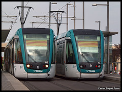 Bona Diada de Catalunya a tothom! (Xavier Bayod Farr) Tags: barcelona trolley tram 11 t5 catalunya xavier alstom tramway diada t4 tranvia setembre senyera tramvia glries xbf bayod citadis trambesos farr elektrika xavierbayod xavierbayodfarr