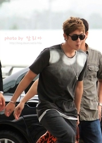Kim Hyun Joong at Incheon Airport Photos [110810]