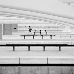 20110710 1438 09820--DSLR-A850 100 mm (J e n s) Tags: bw architecture belgium sony july trainstation tamron liege zoomlens 28300 2011 loneperson guillemins a850