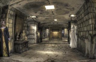 Seule dans la crypte? {explore}