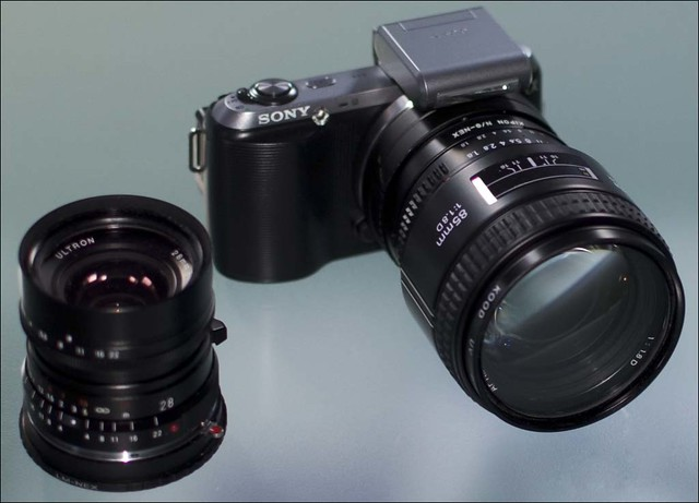 Sony NEX-C3 Nikon 85mm f/1.8 Voigtlander 28mm f/2 Ultron