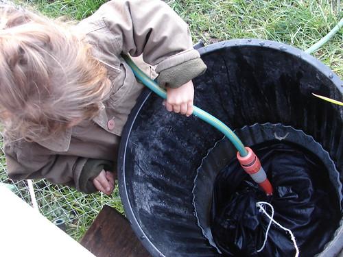 making liquid fertiliser