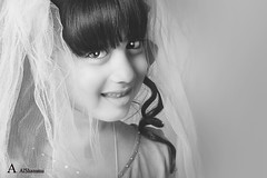 Little bride (Alawiyah Alshamimi) Tags: beautiful bride child little purity