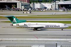 XA-MXD Boeing 727-264 Mexicana MIA 27JAN99 (Ken Fielding) Tags: mexicana airplane aircraft jet boeing airliner jetliner trijet xamxd b727264