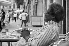 Afro-american style (Robert) Tags: white black afro bn uomo american soul nero oro occhiali bracciale