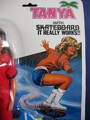 Tanya skater : Logo and drawing (topocri2000) Tags: fashion toy doll tanya barbie clone mattel farrahfawcett ceppiratti