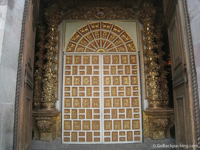 Front door of the Church of La Compañía de Jesús