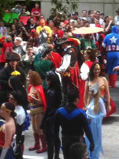2011 Dragoncon - Wonder Woman and other Super Heroes