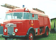 Somerset Fire Brigade Commer Miles WrT C11 Minehead /WYA559 (british fire rescue pics) Tags: fire somerset miles brigade bigred commer fireengines minehead c11 wrt wya559