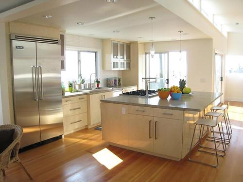 lori-dennis beach-kitchen-2 s4x3 lg