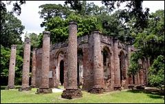 Sheldon Church Ruins (greenthumb_38) Tags: brick church ruins arch bricks ghost columns southcarolina arches haunted column archway paranormal ghostly sheldon haunt redbrick oldsheldonchurch sheldonchurch princewilliamparish princewilliamparishchurch jeffreybass canong11