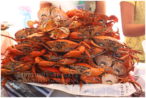 Legazpi Sunday Market: Steamed Crabs