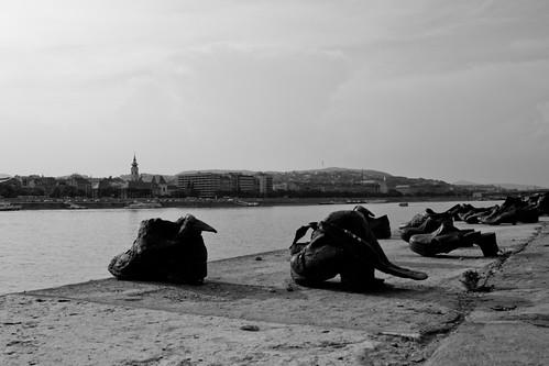 Memoriale dell'Olocausto sul Danubio