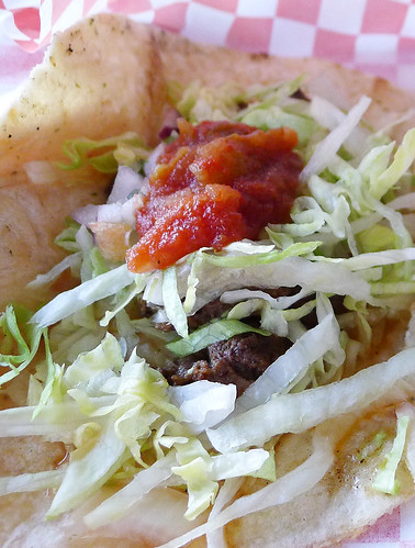 yardy's beef taco