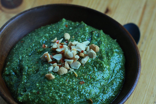 Basil Mint and Cashew pesto 1