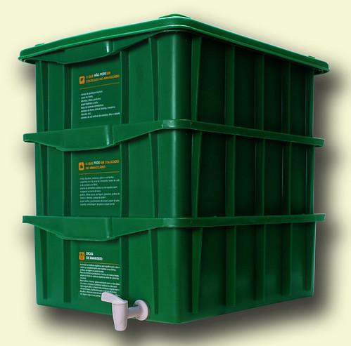 Transforme o lixo orgânico em adubo para plantas