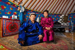 Mongolian couple in traditional clothing (Pvince) Tags: asia mongolia mng khvsgl toom northeastasia