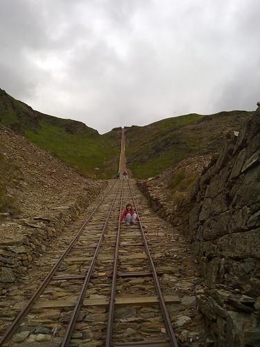 Reste der Schienenbahn auf denen die Eisenerze transportiert wurden