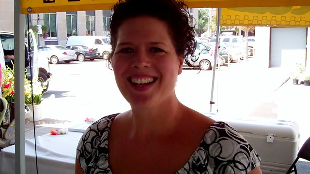 Vanessa from Vanessa's Cupcakery - St. Catharines Farmers' Market - 20 August 2011 - NiagaraWatch.com