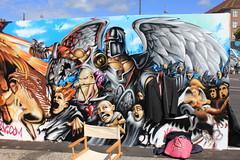 Billede 058 (Paradiso's) Tags: art wall copenhagen graffiti market kunst flea paradiso kbenhavn muur kunstwerk vlooienmarkt plads rommelmarkt valby loppemarked vg artinthemaking kunstevent toftegrds kulturhusvalby