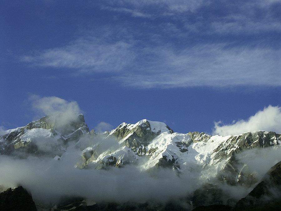 Снежные пики Кедарнатха