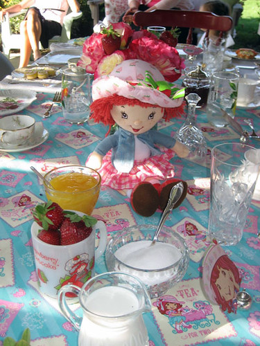 Strawberry Shortcake Table Top