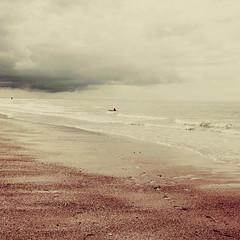 Before the rain (Kat...) Tags: sea sky mer beach clouds belgium belgique ciel nuages oostende plage ostende