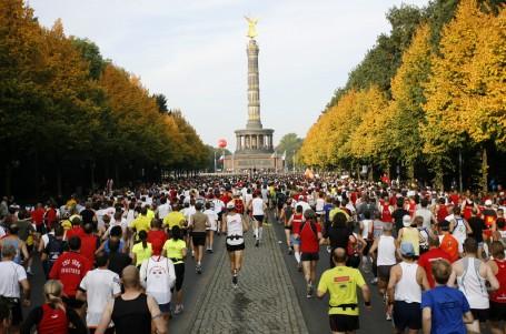 Berlínskou party ozdobí start světových rekordmanů
