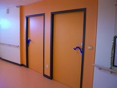 Maison de retraite (Ulna system) Tags: les de porte mains sans contamination poignée hygiène