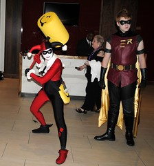 Harley Quinn and Robin (ladycynamin) Tags: robin costume hero batman dragoncon harleyquinn villian 2011