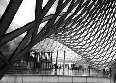 Zigzag MyZeil (orkomedix) Tags: bw architecture canon germany frankfurt main sigma ceiling 1020 zigzag massimiliano fuksas 550d myzeil