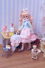 Licca for 'Tiny Feet' magazine: The Rose Princess (1)