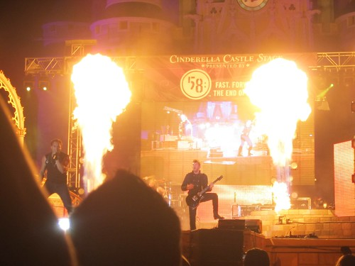 Skillet sets the Stage on Fire