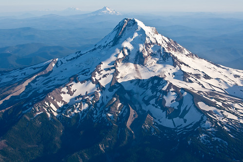 Mt Hood by matneym
