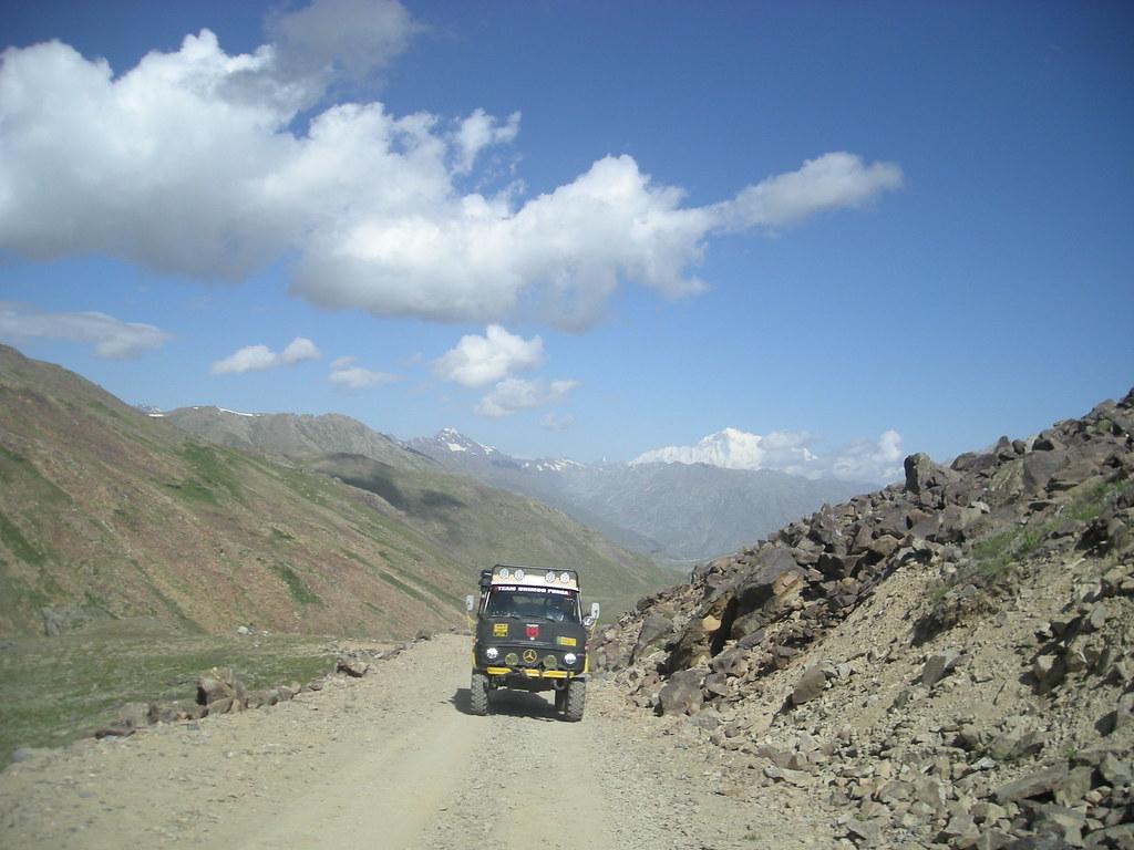Team Unimog Punga 2011: Solitude at Altitude - 6029381939 a567b961ed b
