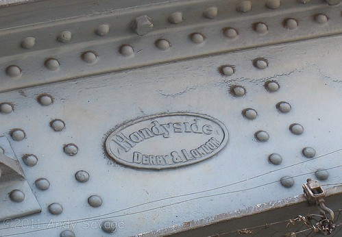 Handyside badge on Tower Bridge Road Railway Bridge